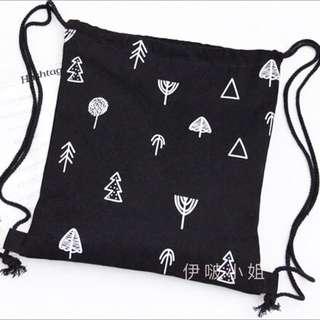 🚚 幸運元素 許願樹🎄+幸運草🍀 設計款印花布包 小清新學生帆布袋  帆布包 肩背包 後背包