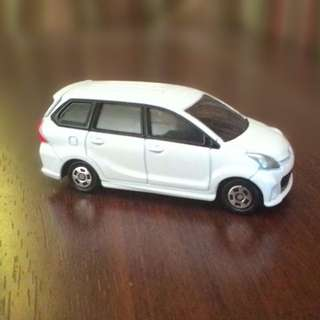 TOMICA Toyota Avanza Velos (LOOSE)