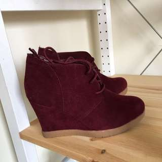 Burgundy Shoes With Heels