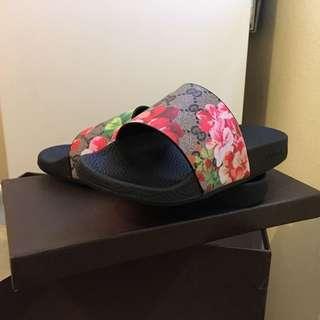 Gucci Floral Slides 7.5