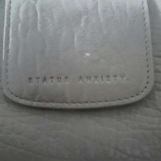 STATUS ANXIETY WALLET PEBBLE GREY LEATHER