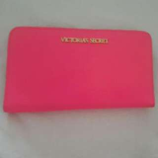 Victoria Secret Leather Costed Pink Pebble Ladies Wallet