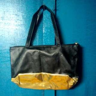 Black&Gold Avon handbag