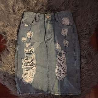 New Size 8 Denim Ripped Skirt