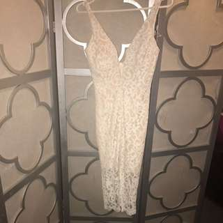 Bardot Lace Fitted Lace Dress
