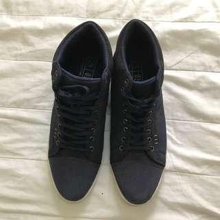 Zalora High-cut Shoes