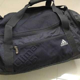 100%全新Adidas Clima365 Sportbag
