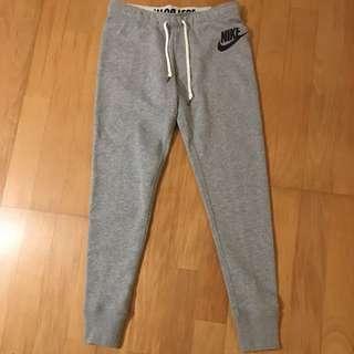 全新正品 Nike 女生運動修身棉褲