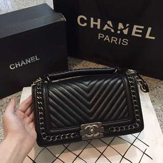Chanel boy chevron (black) MIRROR QUALITY
