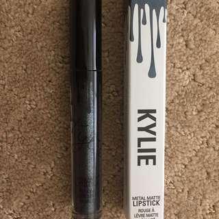Kylie Cosmetics Kymajesty Metal Matte