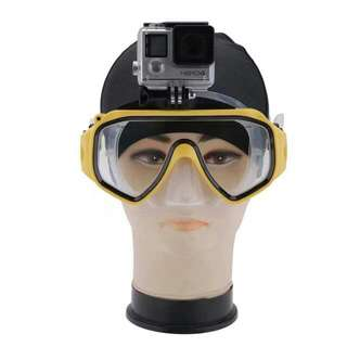 SWIMMING GOGGLE WITH GO PRO MOUNT