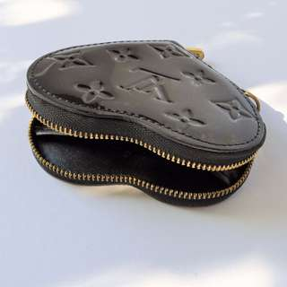 LOUIS VUITTON Monogram Vernis Leather Heart Coin Purse