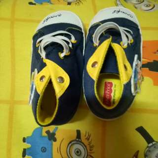 Soft baby shoes 4to9 months
