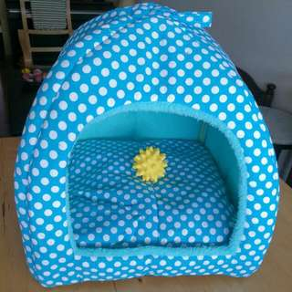 BN Convertible 2 in 1 Pet House/ Pet Bed