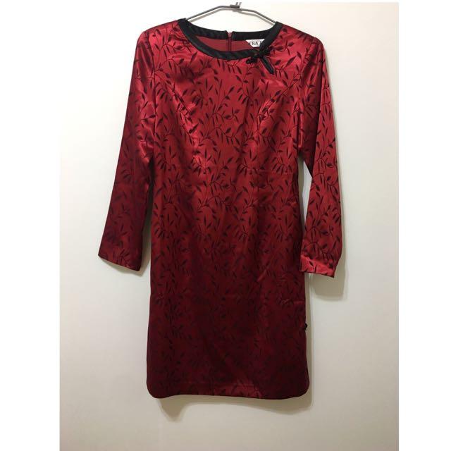 夜上海精美刺繡大紅色旗袍