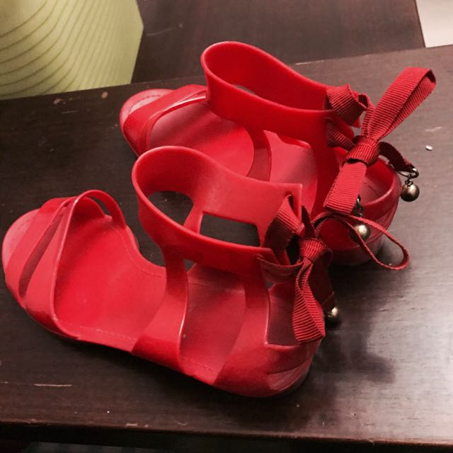 紅色綁帶膠鞋/涼鞋 Armani Exchange