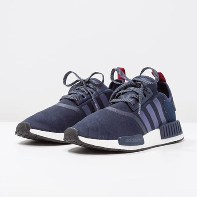 679c6a348 Authentic Adidas Originals NMD R1 Women s Collegiate Navy   Pink ...