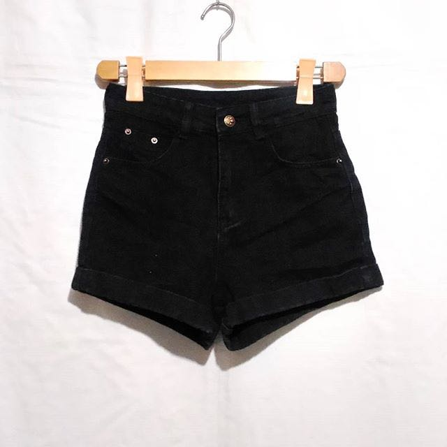 Black Denim HW shorts