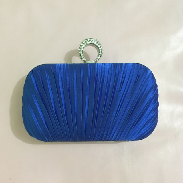REPRICED! Blue Clutch