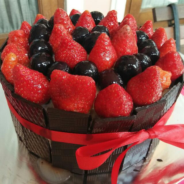 CAKE UNTUK BERBAGAI ACARA