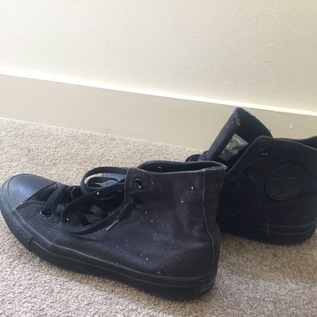 Converse Size 6 Black