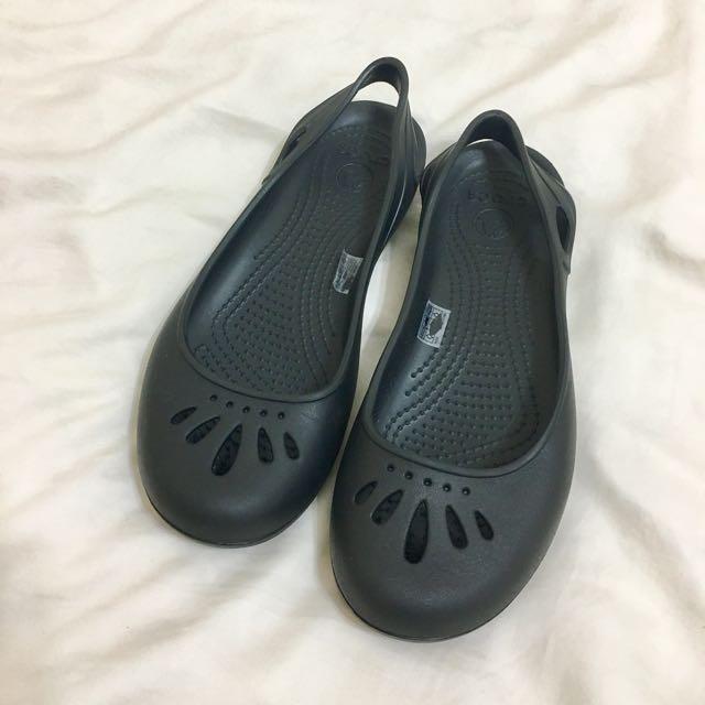 ✨全新✨crocs黑色圓頭娃娃鞋7號