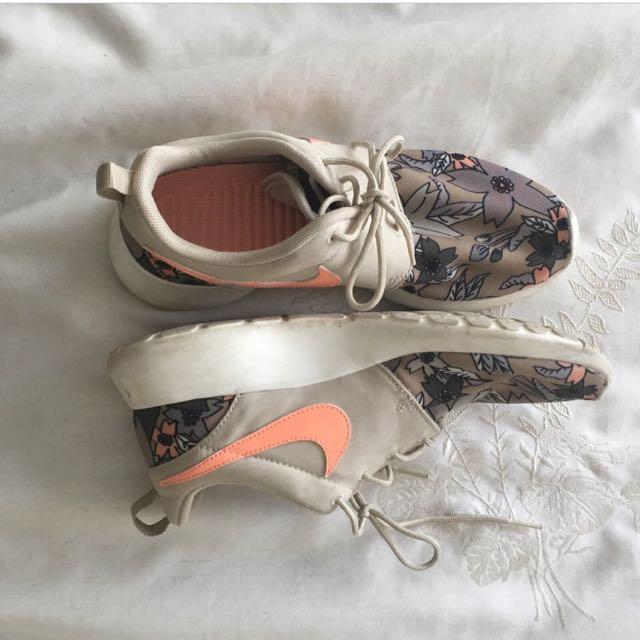 Floral Nike Roshes Sneakers