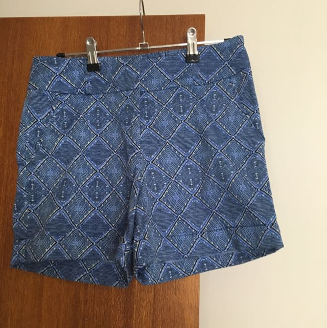Glassons Blue Print Fitted Shorts