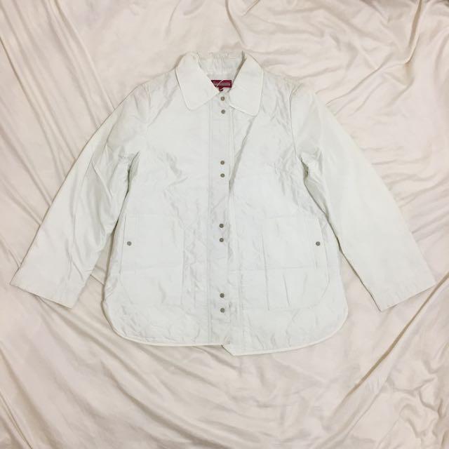 ✨全新✨Key Wear奇威名品白色太空感外套