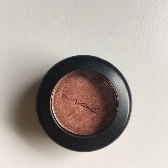 Mac Eyeshadow 'Expensive pink'