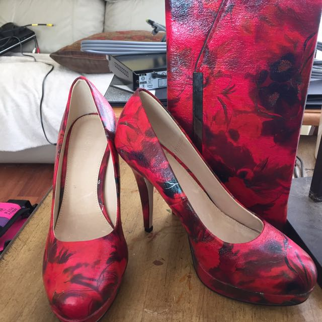 Real Leather Heels And Clutch Size 9