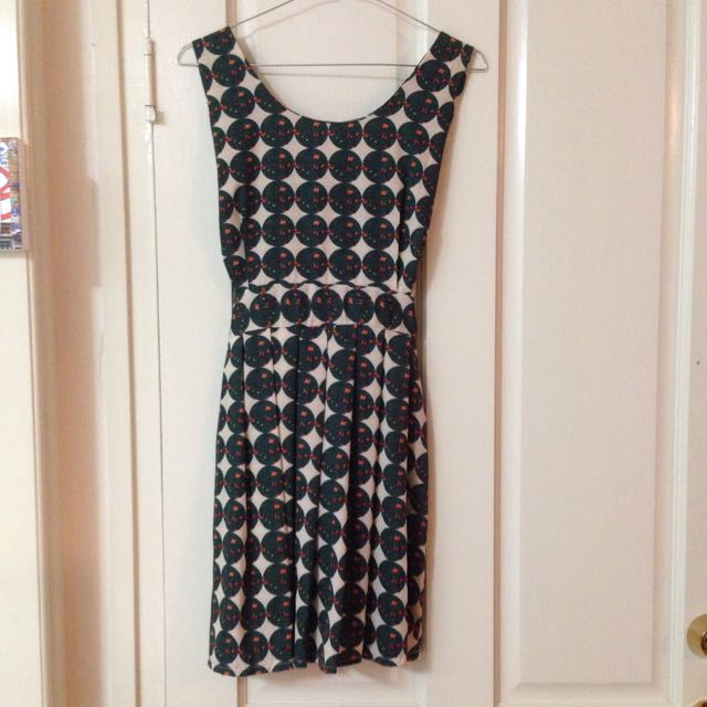 Size 6/8 Short Pattern Dress