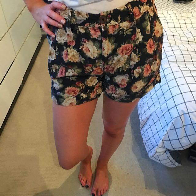 Sportsgirl Floral Shorts