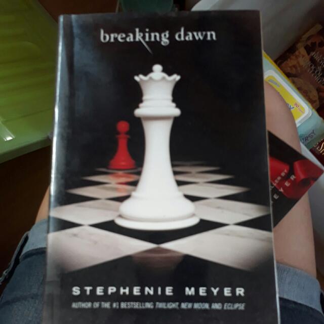 Stephenie Meyer-Twilight Series