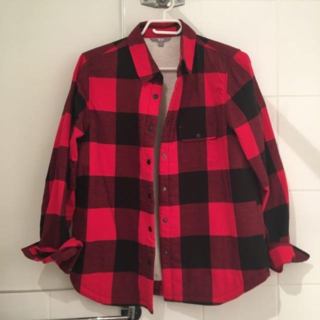 Uniqlo Fleece Lined Flannel- Medium