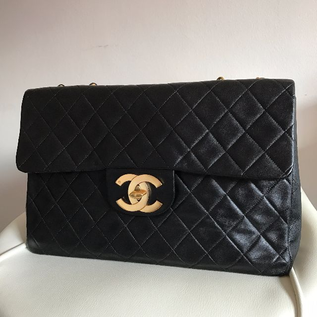 19f553eae31e LOWEST     Vintage Chanel CF Maxi (34cm) Lambskin with 22K Gold ...