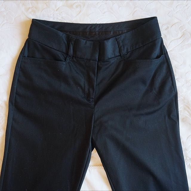 Witchery Cropped Pants Size 4