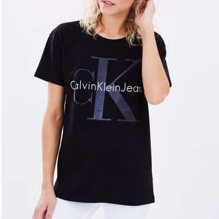 NEW: Logo Tee by Calvin Klein Jeans RRP $59.95 SIZE S