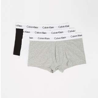 NEW: 3-Pack Low-Rise Trunks by Calvin Klein Underwear RRP $99.95 SIZE M
