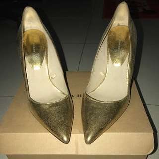 Gold Limited Heels Zara