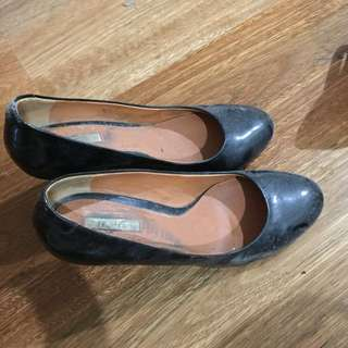 Geox Leather Heels (used)