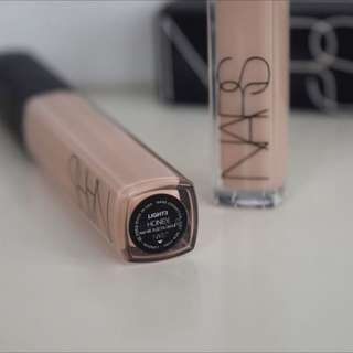 Nars Radiant Creamy Concealer (Honey)