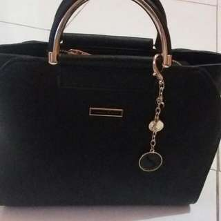 Tas Carles & Keith Import