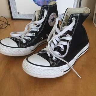 Black Converse Hi Tops Size 37