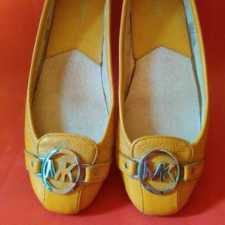 [USED ONCE] Michael Kors Flat Shoes Original Size 9M / 39