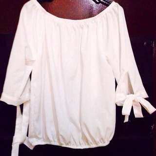 REPRICED white offshoulder