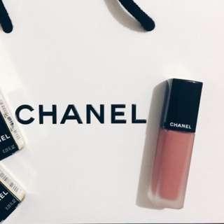 Chanel超炫耀絲絨唇露#140
