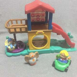 Fisher Price Little People - Playground Set