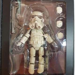 hero cross sand trooper