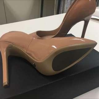 Tony Bianco's Nude Pumps